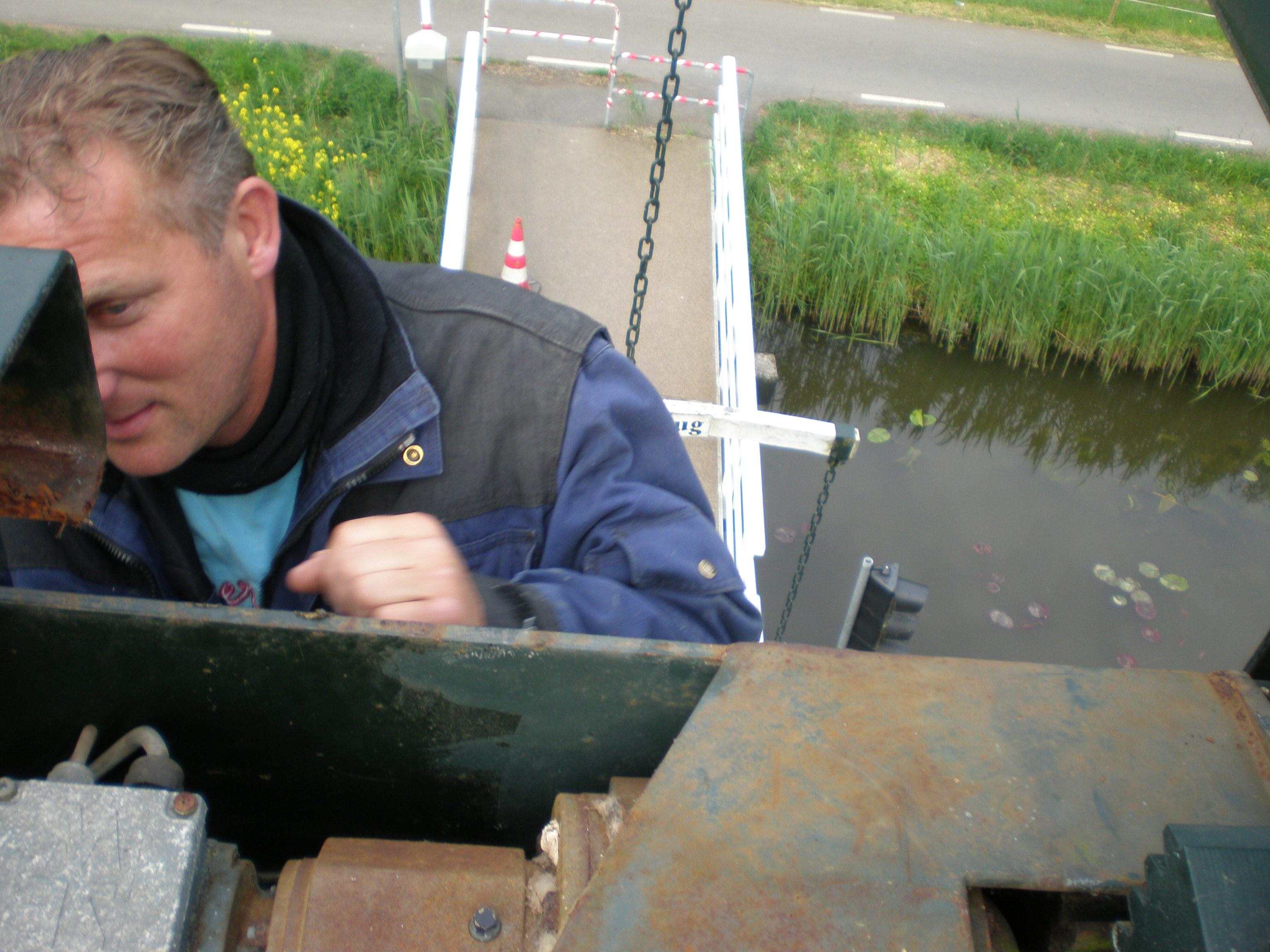 Inspectie-brug-bruginspecteur